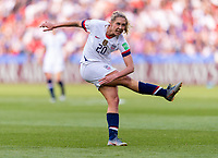 PARIS,  - JUNE 16: Allie Long #20 shoots the ball during a game between Chile and USWNT at Parc des Princes on June 16, 2019 in Paris, France.