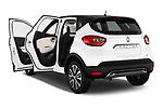 Car images of 2017 Renault Capture Initiale-Paris 5 Door SUV Doors