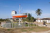 Cuba, Denkmal Revolutionsschiff Granma  bei Banes, Provinz Holguin