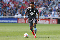 ST. PAUL, MN - AUGUST 21: Juan Agudelo #21 of Minnesota United FC with the ball during a game between Sporting Kansas City and Minnesota United FC at Allianz Field on August 21, 2021 in St. Paul, Minnesota.
