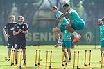 15.09.2020, Trainingsgelaende am wohninvest WESERSTADION - Platz 12, Bremen, GER, 1.FBL, Werder Bremen Training<br /> <br /> Aufwaermtraining / Dehnuebung / Springuebung<br /> Niklas Moisander (Werder Bremen #18 Kapitaen)<br /> Davie Selke  (SV Werder Bremen #09)<br /> <br /> <br /> <br /> Foto © nordphoto / Kokenge