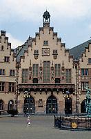 Frankfurt: Zum Romer--reconstructed early 15th century. Photo '87.