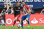 Iker Muniain Goni (L) of Athletic Club competes for the ball with Jorge Resurreccion Merodio, Koke, (R) of Atletico de Madrid during their La Liga match between Atletico de Madrid vs Athletic de Bilbao at the Estadio Vicente Calderon on 21 May 2017 in Madrid, Spain. Photo by Diego Gonzalez Souto / Power Sport Images