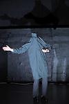 LA FELURE DU PAPILLON....Choregraphie : Serge Ambert..Compagnie :  les alentours rêveurs..Decor : ..Lumiere : ..Costumes : ..Avec : Betka Májová et Serge Ambert..Lieu : Theatre du Lierre..Ville : Paris..Le : 02 12 2009..© Laurent PAILLIER / photosdedanse.com..All rights reserved