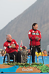 Rio 2016 - Para Sailing // Voile adapteé.<br /> John McRoberts and Jackie Gay receive their silver medals for the 2-Person Keelboat (SKUD18) // John McRoberts et Jackie Gay reçoivent leurs médailles d'argent pour le quillard 2 personnes (SKUD18). 17/09/2016.