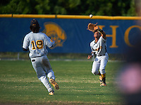Lakewood Spartans outfielder Julian Jackson (9) catches a fly ball as Bo Bichette (19) backs up the play during a game against the Boca Ciega Pirates at Boca Ciega High School on March 2, 2016 in St. Petersburg, Florida.  Boca Ciega defeated Lakewood 2-1.  (Mike Janes/Four Seam Images)