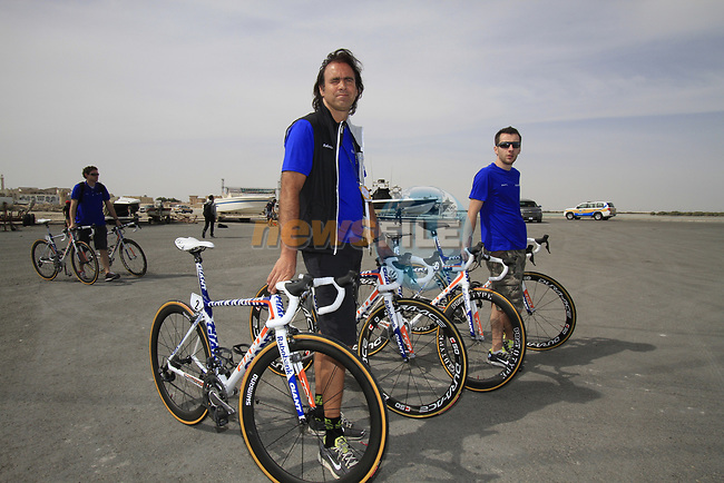 Rabobank Team mechanics offload their bikes before the start of Stage 4 of the 2012 Tour of Qatar from Al Thakhira to Madinat Al Shamal, Qatar. 8th February 2012.<br /> (Photo Eoin Clarke/Newsfile)
