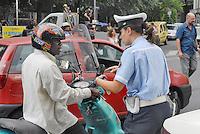 - Milan, immigrants and local Police in Padova street....- Milano, immigrati e Polizia Locale in via Padova