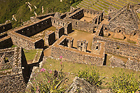 Design and architecture in the residential/popular areas of Machu Picchu, April 2007