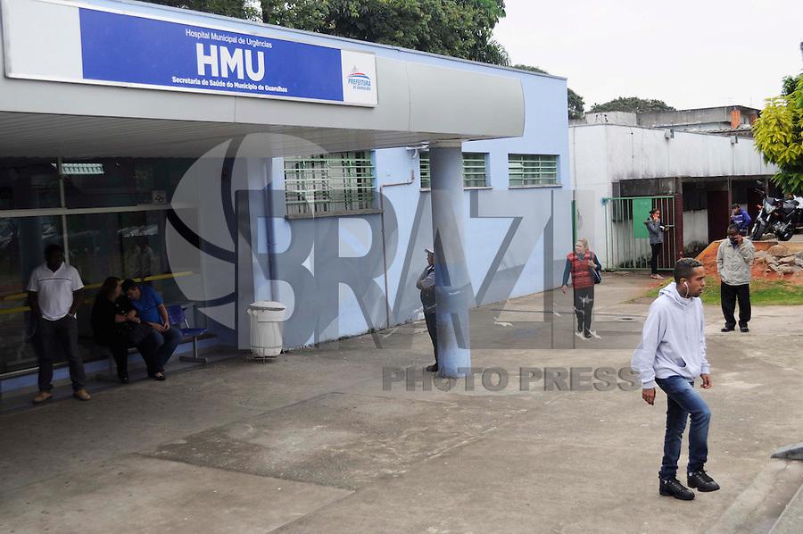 GUARULHOS, SP, 02.06.2015 - SAÚDE SP - Reabertura do Hospital Municipal de Urgências (HMU) da cidade de Guarulhos depois de passar 9 dias fechado por conta de uma bactéria super resistente. (Foto: Renato Gizzi / Brazil Photo Press)