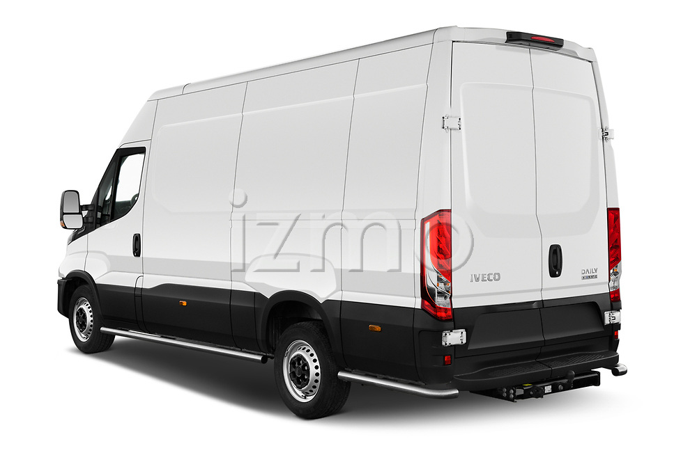 Car pictures of rear three quarter view of 2021 Iveco Daily 12m3-L3H2 4 Door Cargo Van Angular Rear