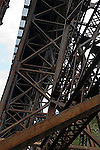Bridge superstructure<br />