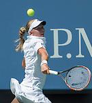 Johanna Larsson (SWE) defeats Sloane Stephens (USA) 6-7, 6-4, 6-2