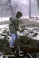 HS18-024z  Putting manure on garden
