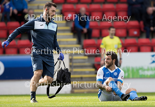 St Johnstone v Hamilton Accies…23.09.17…  McDiarmid Park… SPFL<br />Richie Foster gets treatment from physio Tony Tompos<br />Picture by Graeme Hart. <br />Copyright Perthshire Picture Agency<br />Tel: 01738 623350  Mobile: 07990 594431