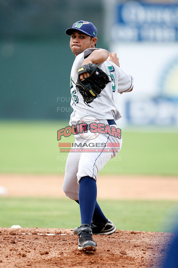 July 1, 2009:  Starting Pitcher Sandy Rosario (45) of the Jamestown Jammers delivers a pitch during a game at Dwyer Stadium in Batavia, NY.  The Jammers are the NY-Penn League Short-Season Class-A affiliate of the Florida Marlins.  Photo by:  Mike Janes/Four Seam Images