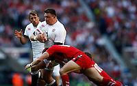 Photo: Richard Lane/Richard Lane Photography. England v Wales. RBS Six Nations. 09/03/2014. England's David Wilson attacks.