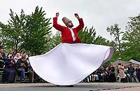 Nederland Deventer april 2018. Open Dag bij de Merkez Moskee. Optreden van dansende Derwisj.  Foto mag niet in negatieve context gepubliceerd worden.  Foto Berlinda van Dam / Hollandse Hoogte