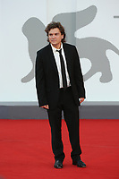 """VENICE, ITALY - SEPTEMBER 08: Emile Hirsch attends the red carpet of the movie """"Freaks Out"""" during the 78th Venice International Film Festival on September 08, 2021 in Venice, Italy. (Photo by Mark Cape/Insidefoto)"""