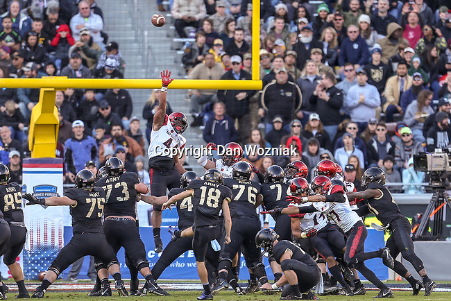 San Diego State Aztecs linebacker Kyahva Tezino (44) in action during the Armed Forces Bowl game between the San Diego State Aztecs and the Army Black Knights at the Amon G. Carter Stadium in Fort Worth, Texas.