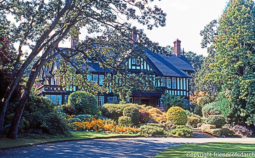 Victoria: Home, 1770 Rockland, Samuel Maclure. Note landscaping.  Photo '88.