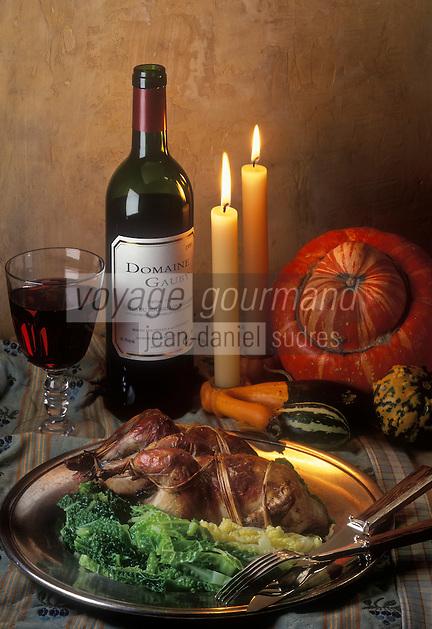 Gastronomie générale/Repas de Réveillon: Perdeaux au chou craquant, accompagnés par un Côte du Roussillon Village de chez Gauby