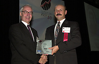 Sept 27 ,  2000 File Photo<br /> Sam Rallis from Action FRont Data Recovery Lans Inc Company Inc (right) receive an award for the company performance at the Fast 50 Gala, Sept 27, 2000 in Montreal, CANADA<br /> Photo by Pierre Roussel, / Liaison<br /> NOTE : RAW D-1 Jpeg