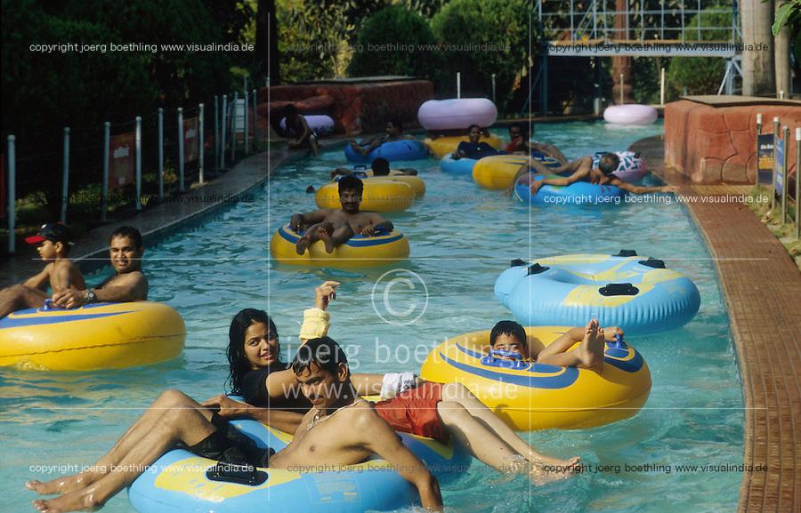 INDIA Mumbai Bombay, Theme Park and artificial swimming bath WATER KINGDOM / INDIEN Metropole Megacity Bombay Mumbai, Freizeit Park und Schwimmbad Water Kingdom