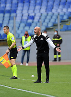 Football, Serie A: S.S. Lazio - Spezia, Olympic stadium, Rome, April 3, 2021. <br /> Spezia's coach Vincenzo Italiano speaks with his players during the Italian Serie A football match between S.S. Lazio and Spezia at Rome's Olympic stadium, Rome, on April 3, 2021.  <br /> UPDATE IMAGES PRESS/Isabella Bonotto