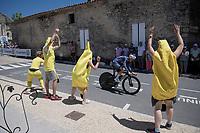roadside views from Stage 20 (ITT) from Libourne to Saint-Émilion (30.8km): Jonas Rickaert (BEL/Alpecin Fenix) passing some bananas<br /> <br /> 108th Tour de France 2021 (2.UWT)<br /> <br /> ©kramon