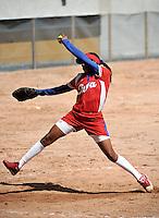CALI - COLOMBIA - 27-07-2013: Partido de Softball entre Cuba y Argentina durante los IX Juegos Mundiales Cali, julio 27 de 2013.(Foto: VizzorImage / Luis Ramirez / Staff.) Match of Softball between Cuba and Argentina in the IX World Games Cali July 27, 2013. (Photo: VizzorImage / Luis Ramirez / Staff.)