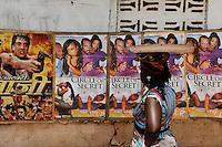 SIERRA LEONE Tombo , cinema poster / SIERRA LEONE Fischerhafen Tombo, Kinoplakate