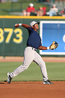 Beloit Snappers Daniel Santana #1 during a game against the Great Lakes Loons at Dow Stadium on July 22, 2011 in Midland, Michigan.  Great Lakes defeated Beloit 5-2.  (Mike Janes/Four Seam Images)