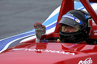 Driver Didier Theys discribes the ride of his #27 Lista Doran to a  team engineer..39th Rolex 24 at Daytona, 3/4 February,2001 Daytona International Speedway  Daytona Beach,Florida,USA.©F.Peirce Williams 2001 .