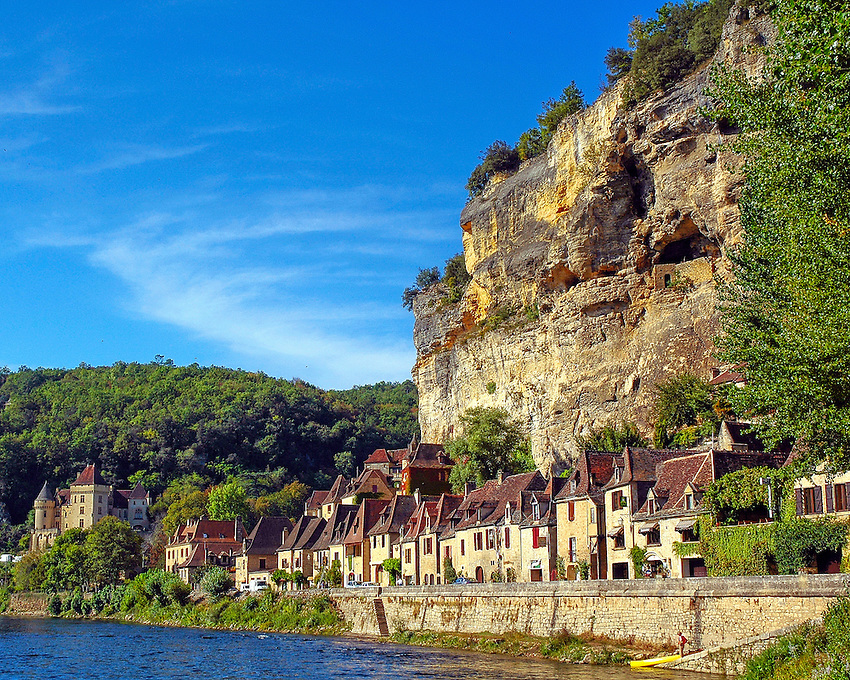 A view of La Roque-Gageac, a medieval town on the Dordogne River, France