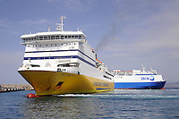 - ferries of Corsica Ferries & Sardinia Ferries and SNCM companies<br /> <br /> - traghetti delle compagnie Corsica Ferries & Sardinia Ferries e SNCM