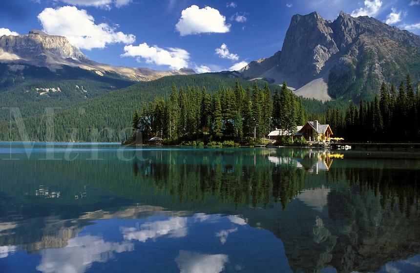 Canada,British Columbia, Yoho National Park. Emerald Lake