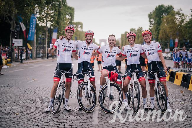 Team Trek-Segafredo (without Stuyven & Mollema) posing on the Champs-Élysées after the finishing the Tour<br /> <br /> Stage 21: Houilles > Paris / Champs-Élysées (115km)<br /> <br /> 105th Tour de France 2018<br /> ©kramon