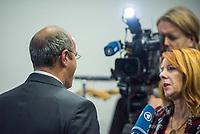 Der Vorsitzende des Haushaltsausschuss des Deutschen Bundestag, Peter Boehringer, AfD, nahm am Freitag den 15. November 2019 in Berlin Stellung zum verabschiedeten Haushalt.<br /> Im Bild: Boehringer gibt nach seiner Pressekonferenz ein Fenrsehinterview.<br /> 15.11.2019, Berlin<br /> Copyright: Christian-Ditsch.de<br /> [Inhaltsveraendernde Manipulation des Fotos nur nach ausdruecklicher Genehmigung des Fotografen. Vereinbarungen ueber Abtretung von Persoenlichkeitsrechten/Model Release der abgebildeten Person/Personen liegen nicht vor. NO MODEL RELEASE! Nur fuer Redaktionelle Zwecke. Don't publish without copyright Christian-Ditsch.de, Veroeffentlichung nur mit Fotografennennung, sowie gegen Honorar, MwSt. und Beleg. Konto: I N G - D i B a, IBAN DE58500105175400192269, BIC INGDDEFFXXX, Kontakt: post@christian-ditsch.de<br /> Bei der Bearbeitung der Dateiinformationen darf die Urheberkennzeichnung in den EXIF- und  IPTC-Daten nicht entfernt werden, diese sind in digitalen Medien nach §95c UrhG rechtlich geschuetzt. Der Urhebervermerk wird gemaess §13 UrhG verlangt.]