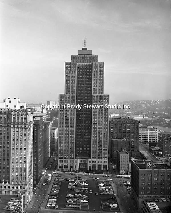 Pittsburgh PA:  View of the Grant Building from the Sherwyn Hotel.  The photographic assignment was for a brochure to highlight upgrades to the building and to solicit more tenants.  The 40-story Grant Building is located at 310 Grant Street and was built in 1929.