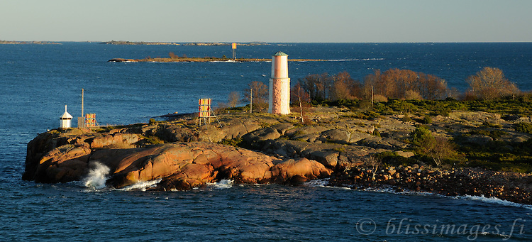Ledskär Day Beacon is especially pretty in the barren winter months when the low-angled sun saturates Nature's colours deeply -offshore Lemland, Åland