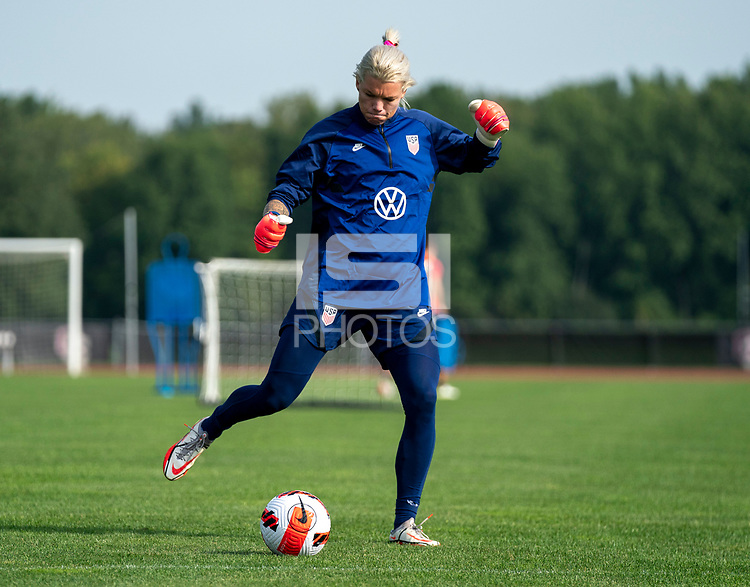 CLEVELAND, OH - SEPTEMBER 14: Jane Campbell of the United States warms up during a training session at the training fields on September 14, 2021 in Cleveland, Ohio.