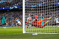 Raheem Sterling of Manchester City scores his side's first goal to make the score 1-0 during the UEFA Champions League Quarter Final second leg match between Manchester City and Tottenham Hotspur at the Etihad Stadium on April 17th 2019 in Manchester, England. (Photo by Daniel Chesterton/phcimages.com)<br /> Foto PHC/Insidefoto <br /> ITALY ONLY