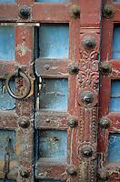 Asie/Inde/Rajasthan/Udaipur: Détail porte d'entrée d'un temple près du marché Bara Bazar