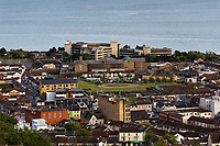 Pictured: The Civic Centre, Swansea Prison and the Vetch area in Swansea.  Wednesday 22 May 2019<br /> Re: General view of Swansea, Wales, UK