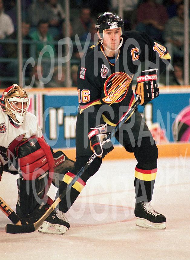 Trevor Linden Vancouver Canucks 1993. Photo F. Scott Grant