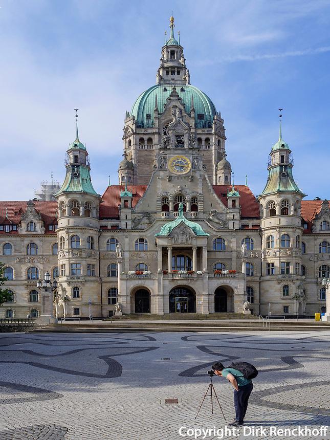 Neues Rathaus erbaut 1913 im eklektischen Sil von Hermann Eggert in Hannover, Niedersachsen, Deutschland, Europa<br /> New cityhall built 1913 in Eclectic style by Hermann Eggert, Hanover, Lower Saxony, Germany, Europe