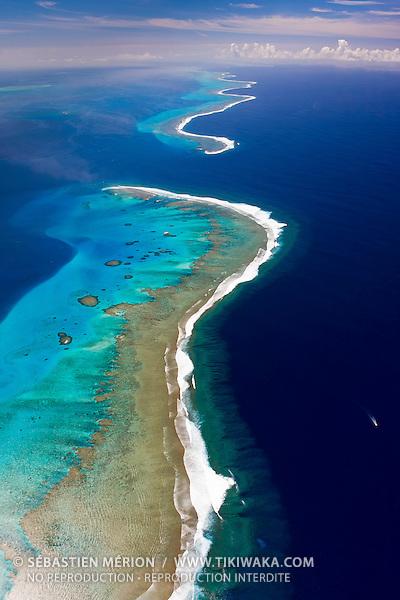 Récifs Mbere et Abore séparés par la passe de Dumbéa, Nouvelle-Calédonie