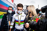 Picture by Alex Whitehead/SWpix.com - 27/09/2020 - Cycling - UCI 2020 Road World Championships IMOLA - EMILIA-ROMAGNA ITALY - Men Elite Road Race - Julian Alaphilippe of France celebrates with Marion Rousse after he wins the Men's Elite Road Race. - SANTINI