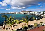 Spanien, Kanarische Inseln, Lanzarote, Puerto del Carmen, Playa Blanca, Promenade | Spain, Canary Island, Lanzarote, Puerto del Carmen, Playa Blanca, seaside promenade